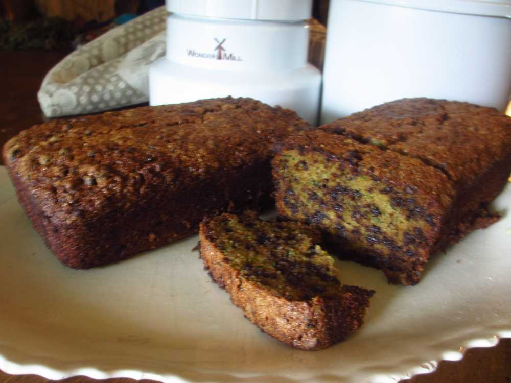 Whole Wheat Chocolate-Chip Zucchini Bread