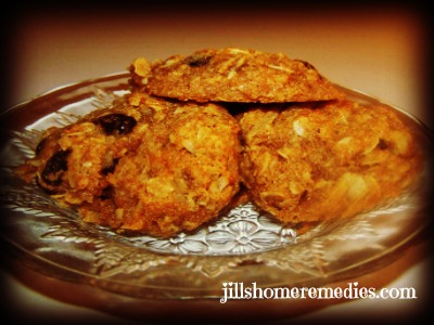 Whole-Wheat Honey Oatmeal Raisin Cookies