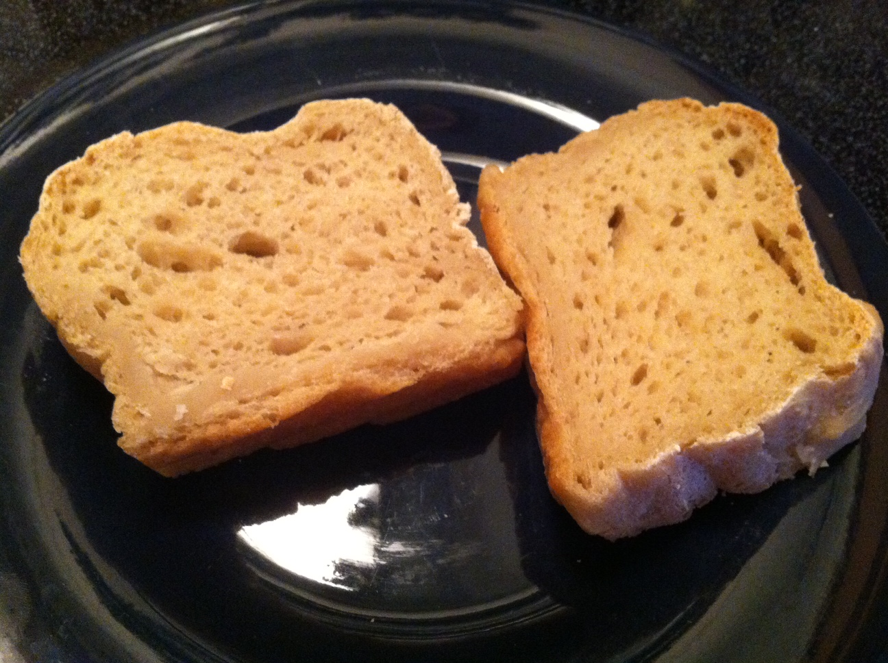sliced gluten free sandwich bread