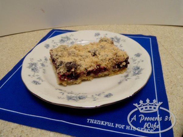 Whole wheat blueberry almond breakfast bars.