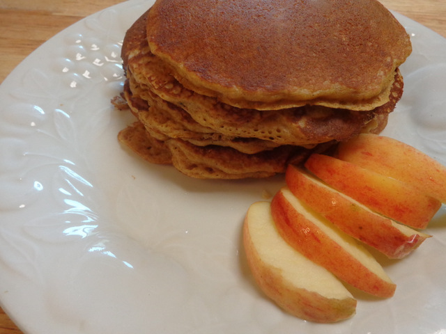 SchneiderPeeps - pumpkin pancakes and apples