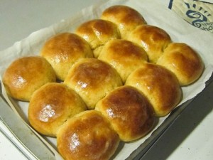 Honey Butter Dinner Rolls and Slider Buns